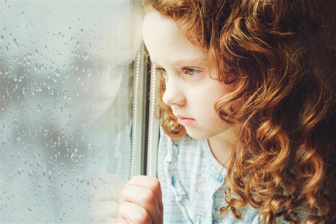5 أسباب للاكتئاب عند الأطفال.. إليك طرق للتعامل معهم
