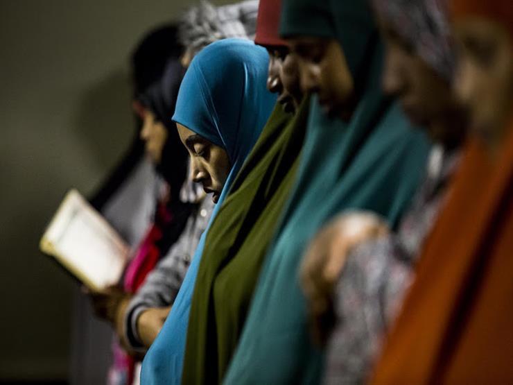 #بث-الأزهر-مصراوي.. ما حكم صلاة المرأة التراويح في المسجد؟