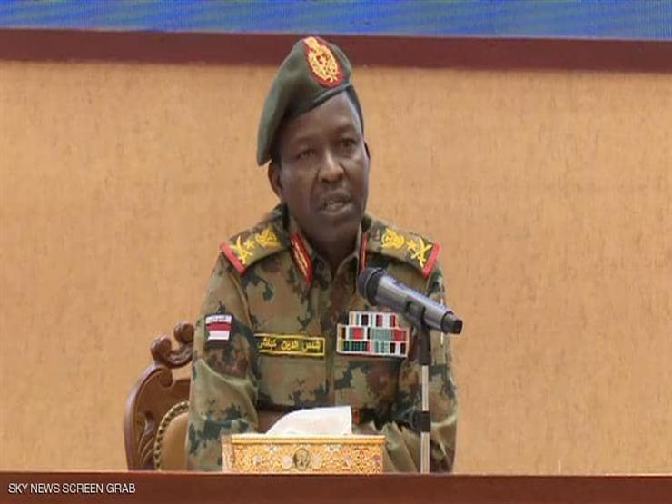 المجلس العسكري السوداني يلوح بإجراء انتخابات مبكرة