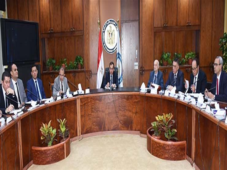 الملا يراجع الصورة النهائية لاستراتيجية تحويل مصر لمركز إقليمي للطاقة