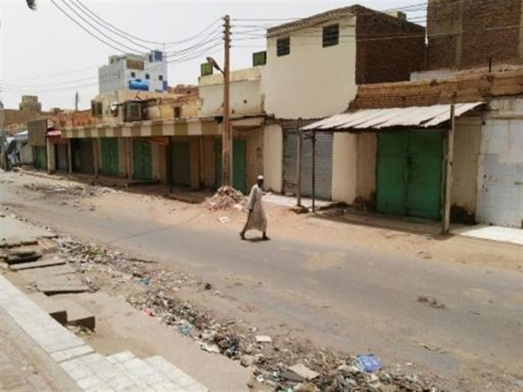 محلات تجارية تفتح أبوابها وحافلات تنقل الركاب في ثاني أيام العصيان المدني في السودان
