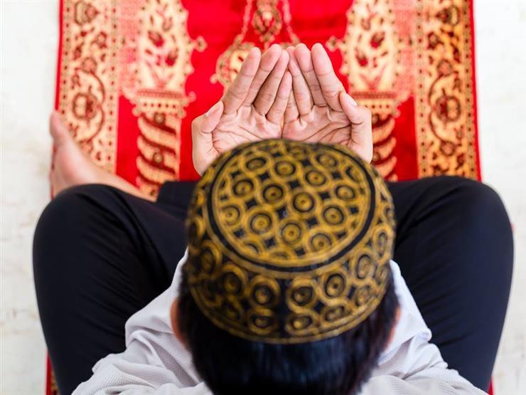 دعاءٌ في جوْف اللّيل: اللهم ابسط علينا رحماتك وفضلك ورزقك وبركاتك