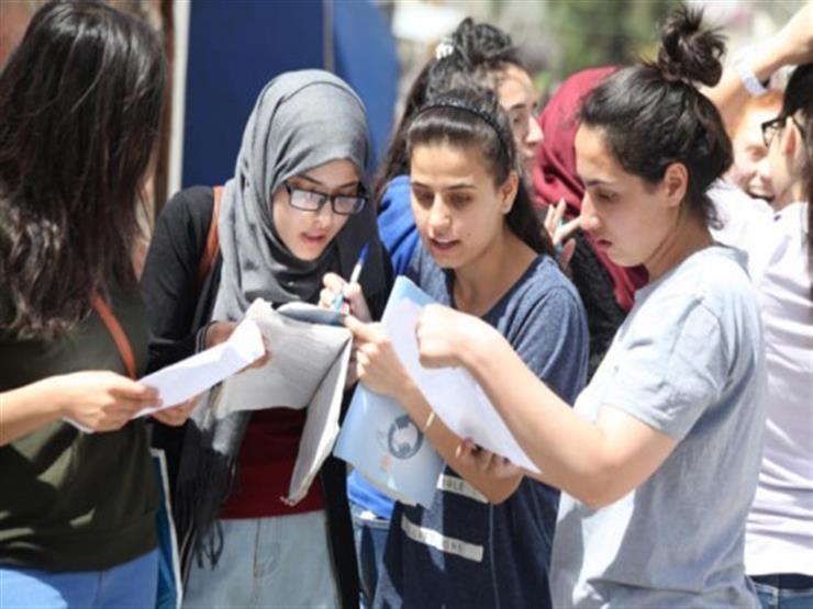 انهيار ودموع وابتسامات .. تباين آراء طلاب الثانوية العامة    مصراوى