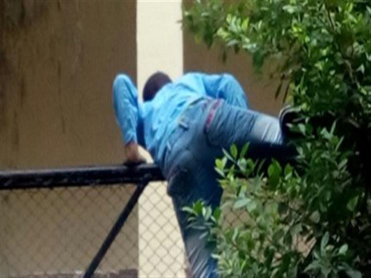 ضبط طالب حاول تسلق سور لجنة في المنيا