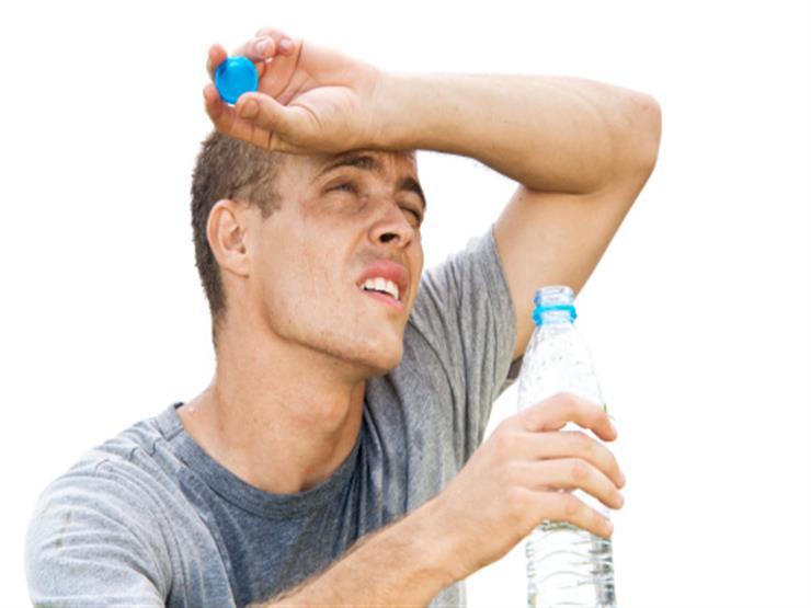ماذا يحدث لجسمك بسبب الرطوبة العالية.. وكيف تتخلص منها؟