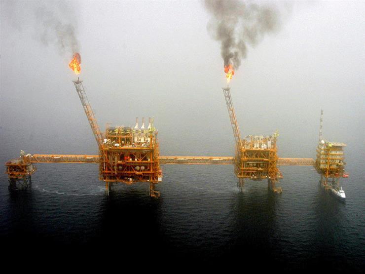 انفجار في منصة نفط إيرانية قطرية في الخليج العربي