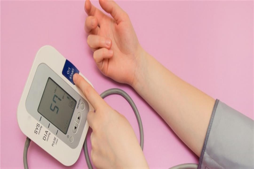 يمكن تجاهلها كارولين هاه قياس ضغط الدم باليد Comertinsaat Com
