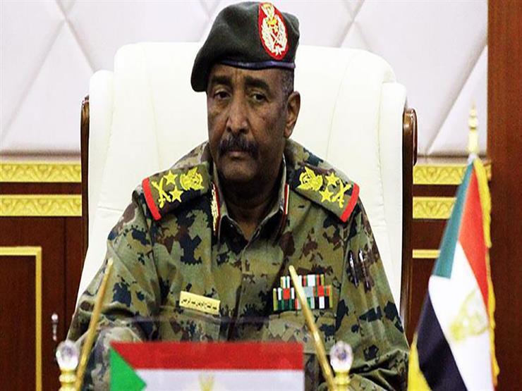 رئيس العسكري السوداني: التحديات تحتم حماية التوافق لوضع أسس الحكم المدني