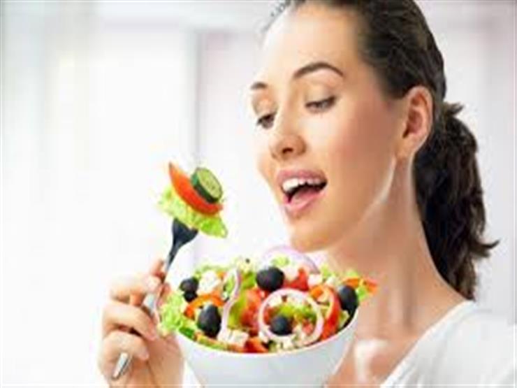 أطعمة مفيدة لصحة وجمال البشرة الدهنية