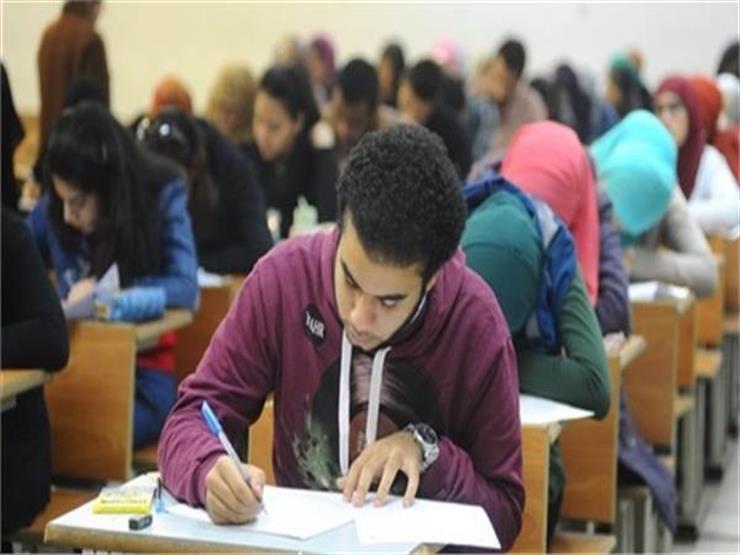 بدء امتحان الاستاتيكا لطلاب شعبة الرياضيات بالثانوية العامة   مصراوى