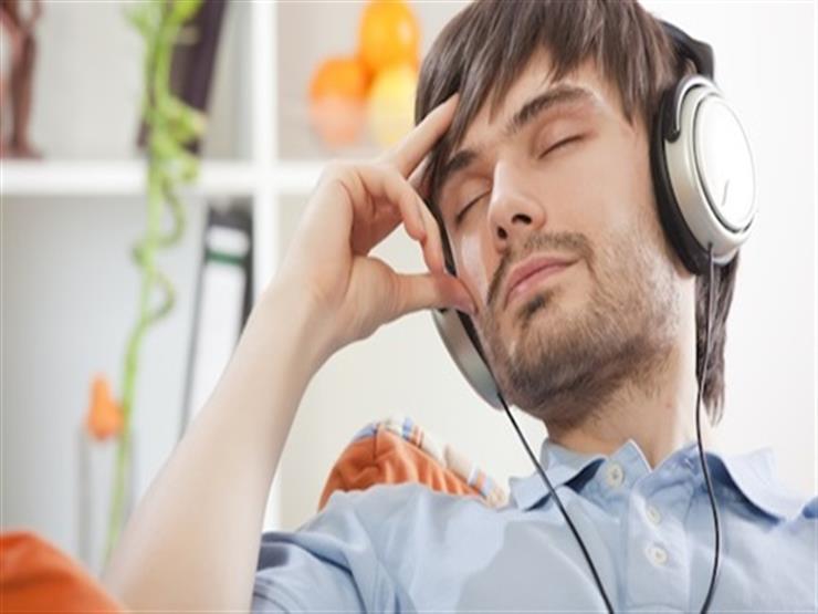 الاستماع للموسيقى قد يخفف آلام مرضى السرطان