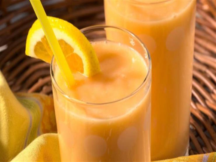 أسهل طريقة لعمل سموثى الخوخ والبرتقال