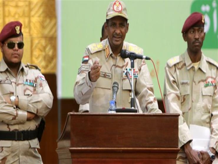 """أزمة السودان: حميدتي يتعهد بـ""""شنق"""" المسؤولين عن قتل المحتجين في فض اعتصام القيادة العامة"""