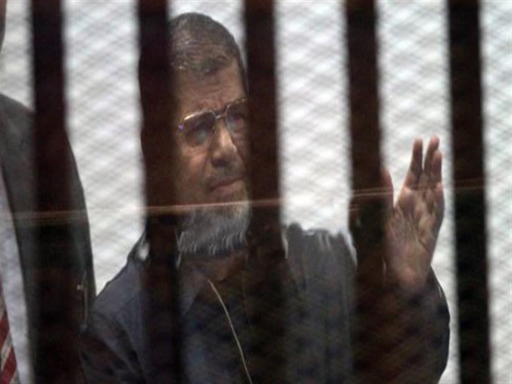 """لتقديم شهادة وفاة """"مرسي"""".. تأجيل محاكمة 23 متهمًا بـ""""التخابر مع حماس"""""""
