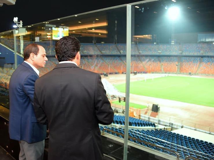متحدث الرئاسة ينشر فيديو زيارة الرئيس السيسي لاستاد القاهرة