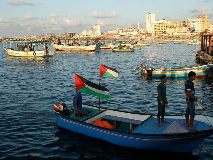 إسرائيل تسمح باستئناف عمل صيادي الأسماك على سواحل غزة