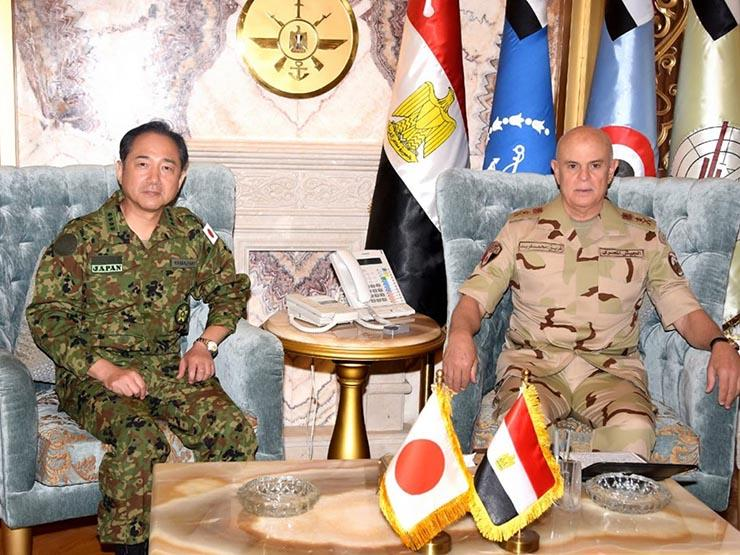 رئيس الأركان يلتقي رئيس الهيئة المشتركة لقوات الدفاع الذاتي اليابانية