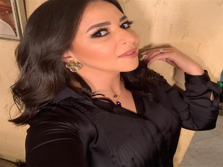 بالفيديو| إيمي سمير غانم تبعث رسالة لوالديها
