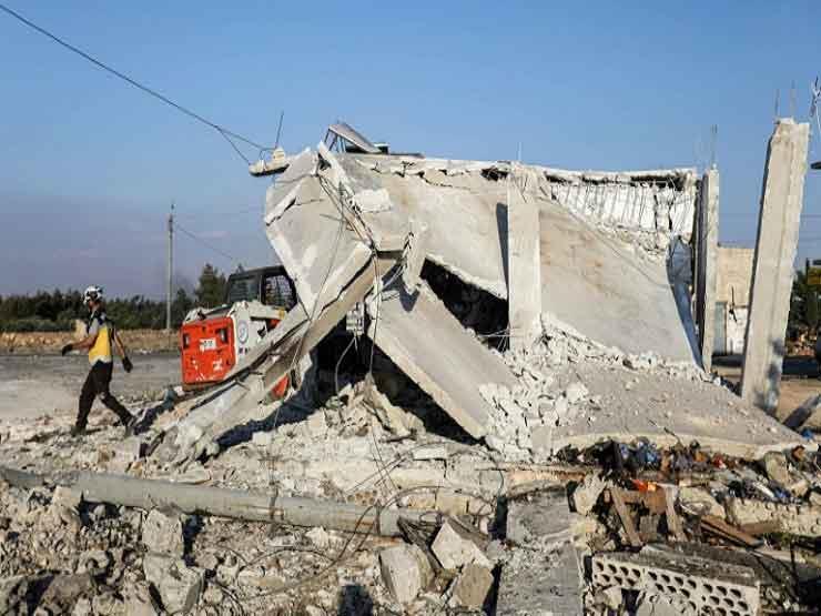 المرصد : مقتل 14 مدنياً بينهم مسعفان جراء غارات سوريا على إد   مصراوى