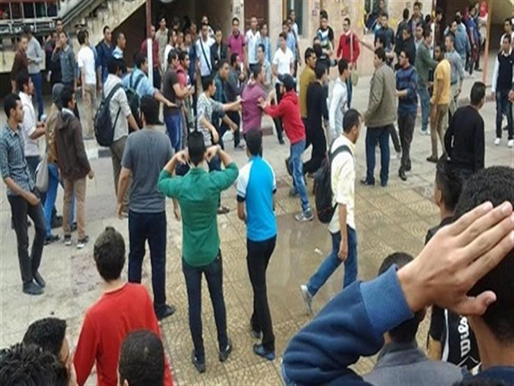 مشاجرة بين طلاب وتلفيات في سيارتين عقب امتحان الثانوية بالقناطر الخيرية