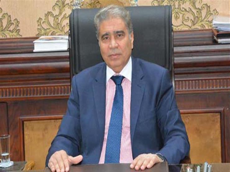 محافظ المنيا يقٌيل رئيس قرية بسبب الإهمال
