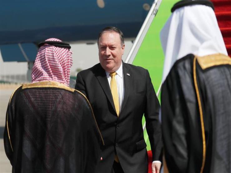 وزير الخارجية الأمريكي يصل السعودية لبحث التوتر مع إيران
