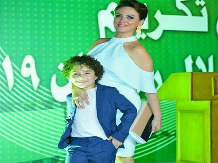 """ريهام عبدالغفور مع  الطفل ياسين: """"أنا فخورة بيك"""""""