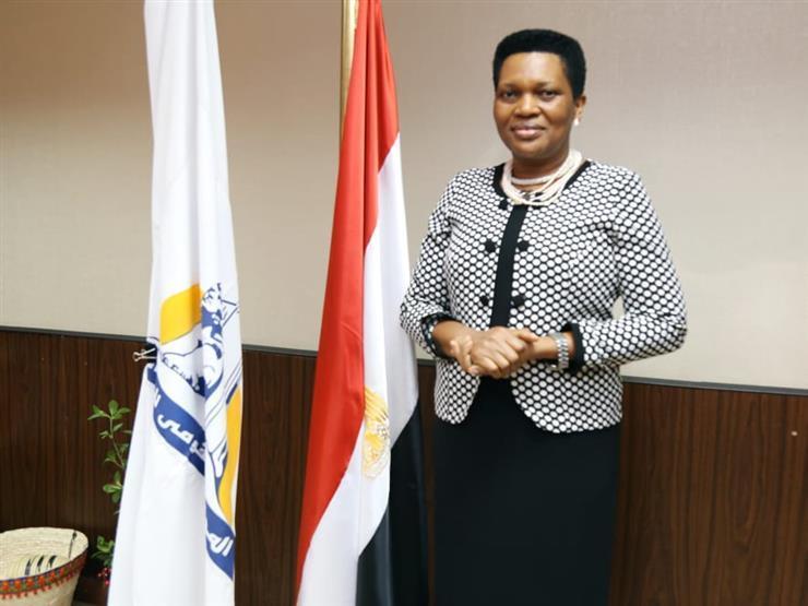 """سيدة بوروندي الأولى تشيد بجهود """"قومي المرأة"""" في مصر"""