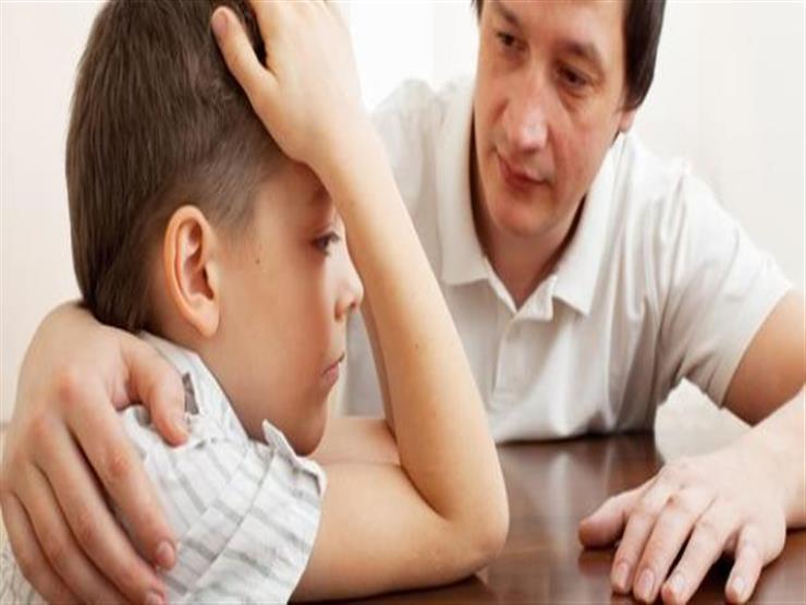 5 عبارات عليك تجنب توجيهها لطفلك