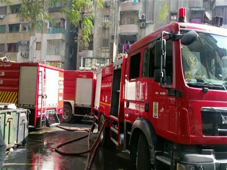 """بـ 10 سيارات إطفاء.. السيطرة على حريق بسوق """"الخصار"""" بالعتبة دون خسائر بشرية"""