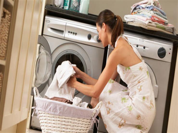 للحفاظ على لونها ورونقها..اتبع هذه الإرشادات عند غسل الملابس