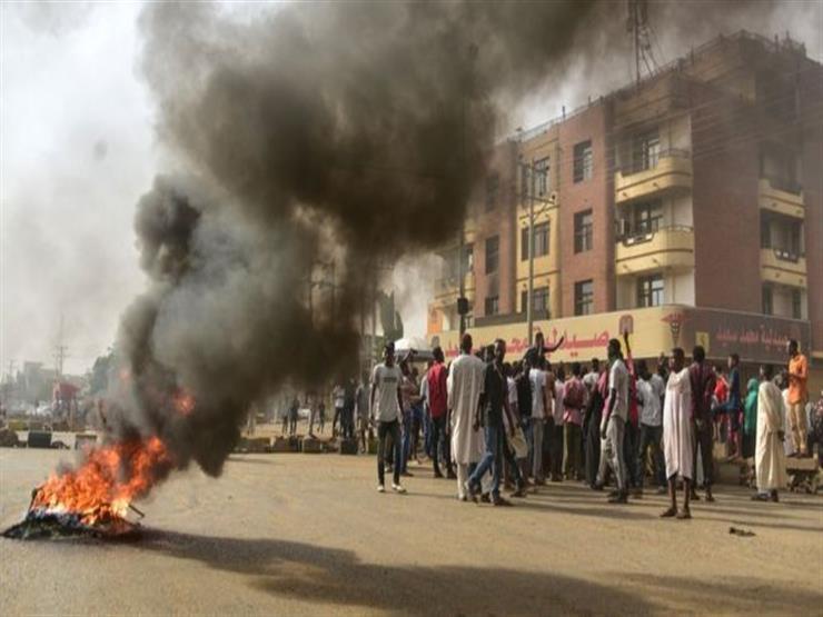 اعتصام القيادة العامة: قوات الأمن السودانية تفض الاعتصام أمام قيادة الجيش في الخرطوم