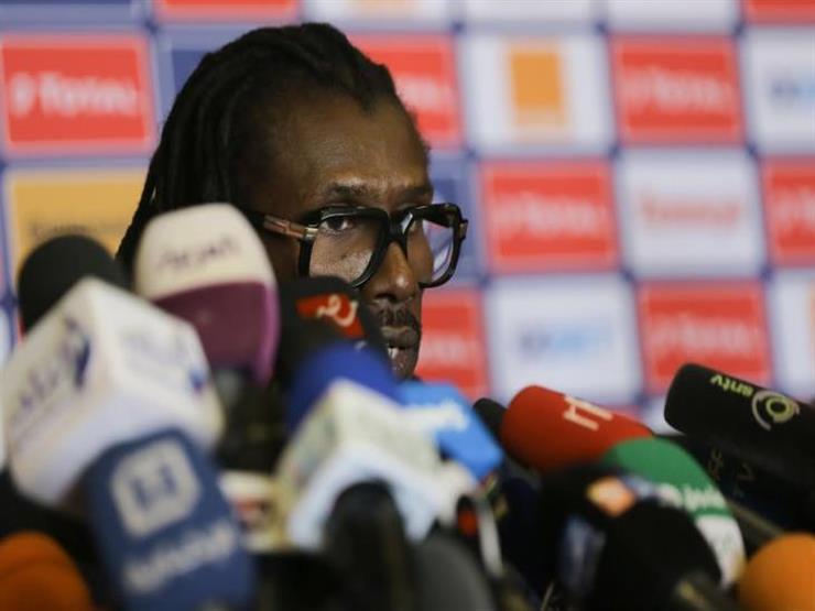 مدرب السنغال: أوغندا فريق قوي.. يضع خصمه في موقف صعب