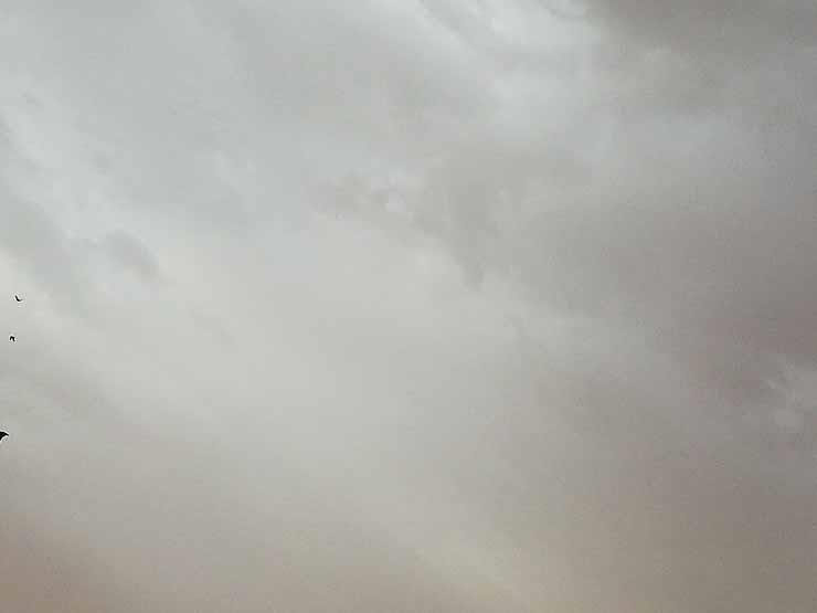 """أمطار رعدية في مكة قبل تروية الحُجاج.. ومُغردون: """"أُمطرت سيدة كل المدن"""""""