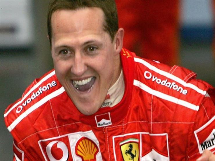 """تلميحات بتحسن الحالة الصحية لأسطورة سباقات الـ """"فورمولا-1"""" مايكل شوماخر- فيديو"""