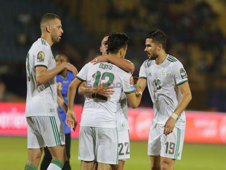 اللجنة المنظمة تمنع الإعلاميين من ارتداء قميصي الجزائر والسنغال في النهائي