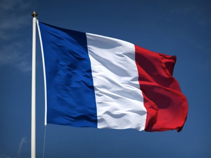فرنسا تحث على احترام قواعد حرية الملاحة في المياه الإقليمية