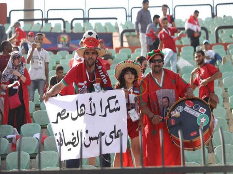 """""""مقلب"""" مشجع مغربي يكشف """"جدعنة"""" المصريين: كلنا واحد (فيديو)"""