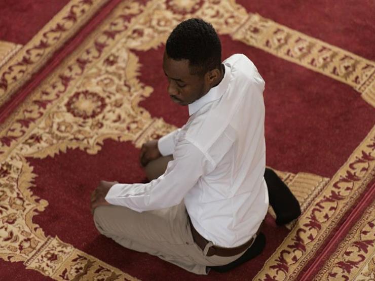 الداعية مصطفى حسني: 3 طرق تعينك على المواظبة على الصلاة