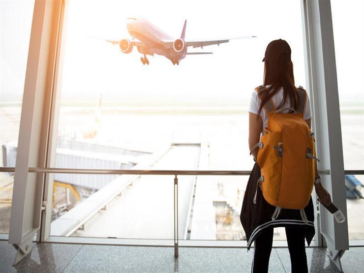 مستحضرات تجميل يجب ألا تخلو منها حقيبتك في السفر