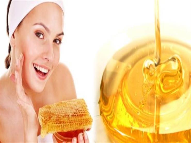 بـ 10 وصفات.. استعيدي جمالك بالعسل