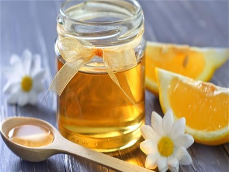 منها ماء الكمون والليمون.. تناول هذه الأطعمة على الريق تحافظ على شبابك