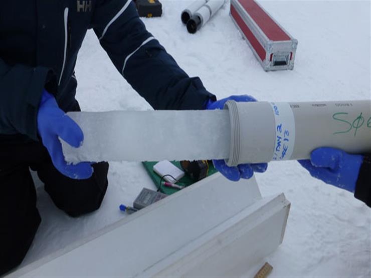 عينات الجليد تقدم تسجيلا مستمرا للانبعاثات الصناعية الأوروبية والأمريكية