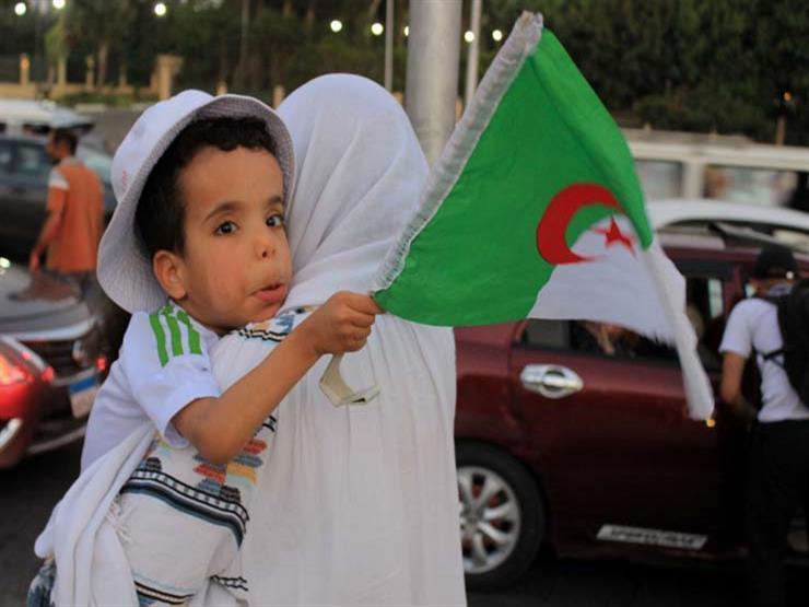 """""""ماتش ترانزيت"""".. جزائريون ذهبوا لمباراة فريقهم """"جزء من الرحلة في مصر"""""""