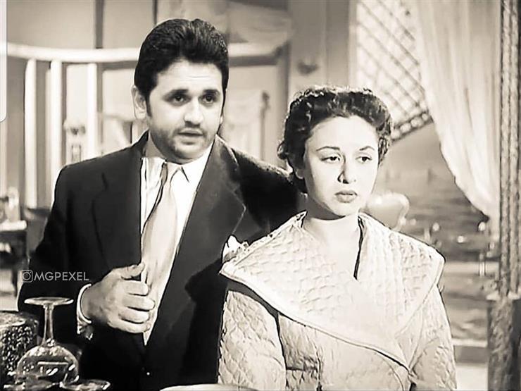 """مصطفى خاطر ينشر صورة """"مفبركة"""" مع سيدة الشاشة"""