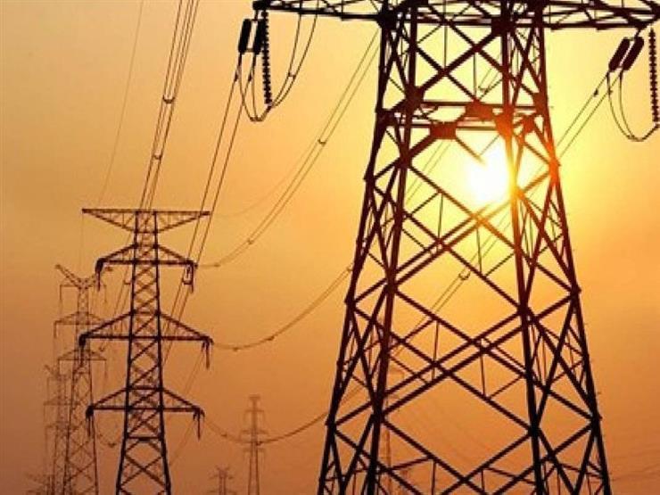 فصل التيار الكهربائي عن كوبري المنيا والسيالة بدمياط