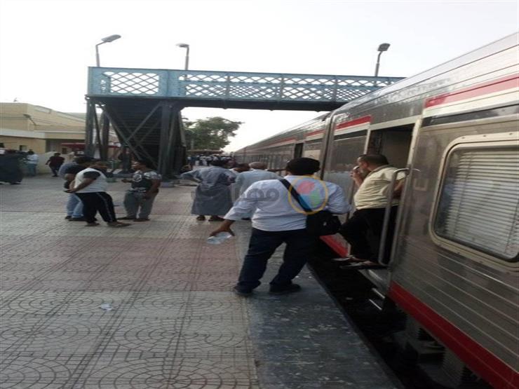 """تسهيلًا على الركاب.. """"السكك الحديدية"""": توفير 20% من التذاكر إلكترونيًّا"""