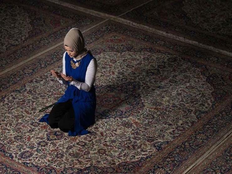 داعية: سنن نبوية يهجرها البعض في الصلاة.. تعرف عليها