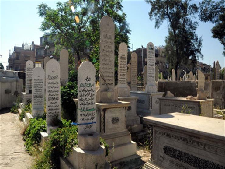 هل يجوز بناء المقبرة بالطوب الأحمر الطفلي؟.. الإفتاء توضح الرأي الشرعي