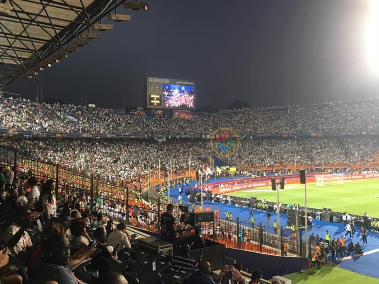 محدث| كواليس وأجواء وحكايات نهائي كأس الأمم ..  تحية خاصة لماني والألعاب النارية تضىء ستاد القاهرة